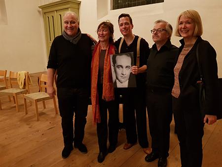 fra v. til h: Max Hansen jr., AnnMari Max Hansen, Maximilian Nowka, Rudolf Hild (pianist), Annette Klare (instruktør)